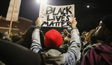 pic_giant_120114_SM_Black-Lives-Matter-G_0