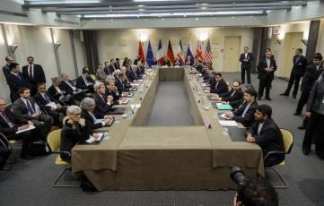 Powers Near Initial Iran Deal