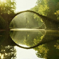 hobbit bridge