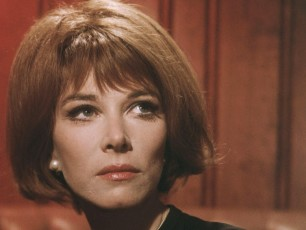 By 1967, Lee Grant was back. She was nominated for an Academy Award for her role in the Best Picture winner In the Heat of the Night. She also featured in the cult classic Valley of the Dolls