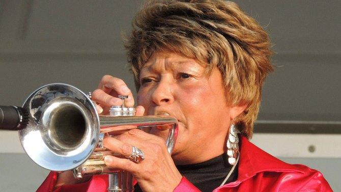 Cynthia Robinson 2