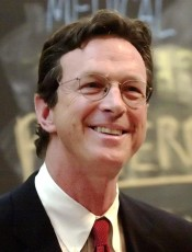 "4/11/02 Michael Crichton '64, HMS '69 speaks on ""The Media and Medicine"" at Harvard Medical School in Boston, MA on Thursday, April 11, 2002. staff photo by Jon Chase/Harvard University News Office"