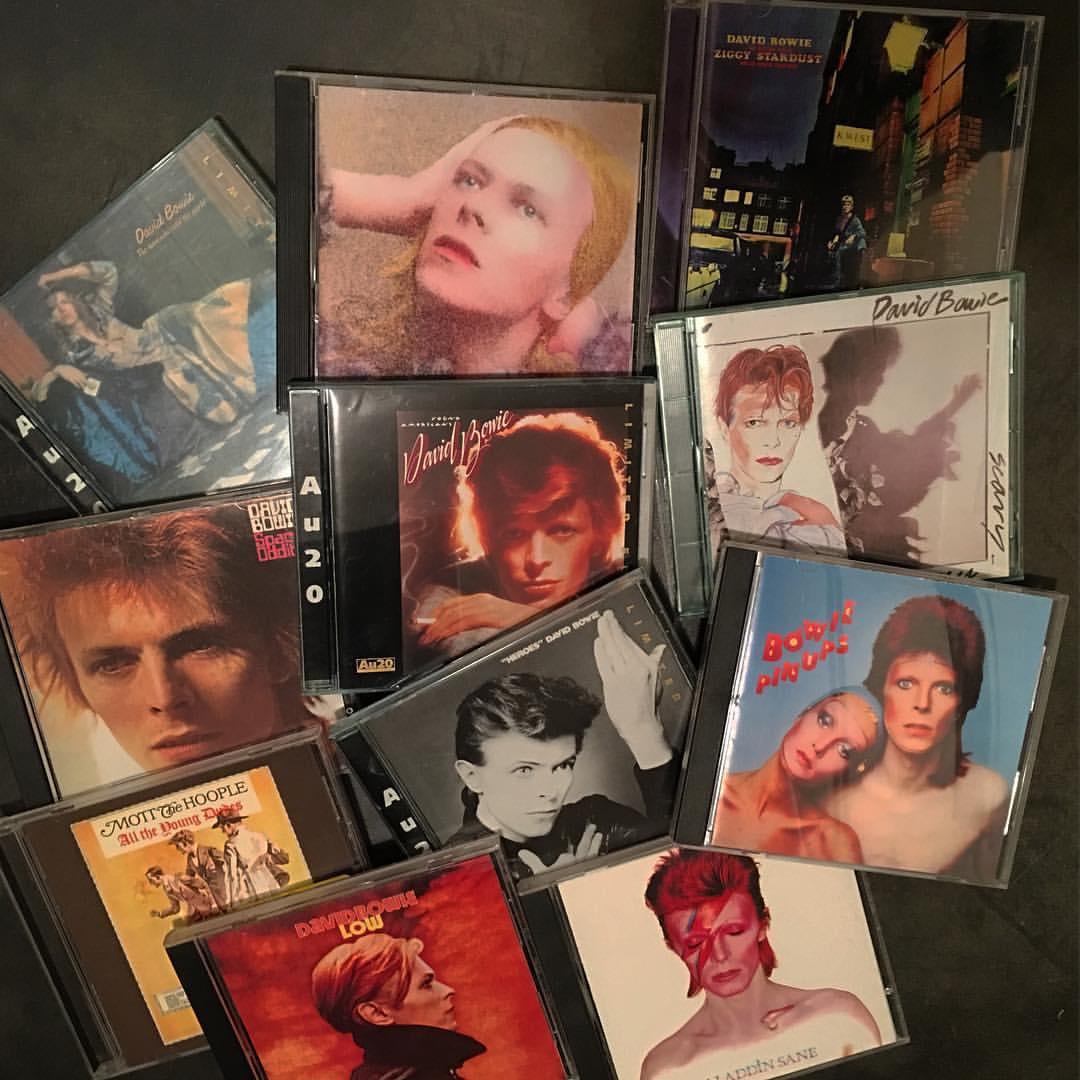 BOWIE CDS